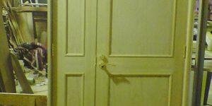 親子ドアと枠
